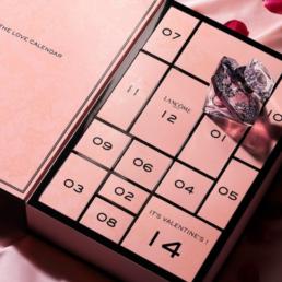 Avec son Love Calendar de La Nuit Tresor Lancome revisite le calendrier de l'avent